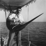 الوالد دكتور محمد عثمان الرفاعي في رحلة صيد ببحر مرمرة - اليخت ثروت اغسطس عام ١٩٣٩